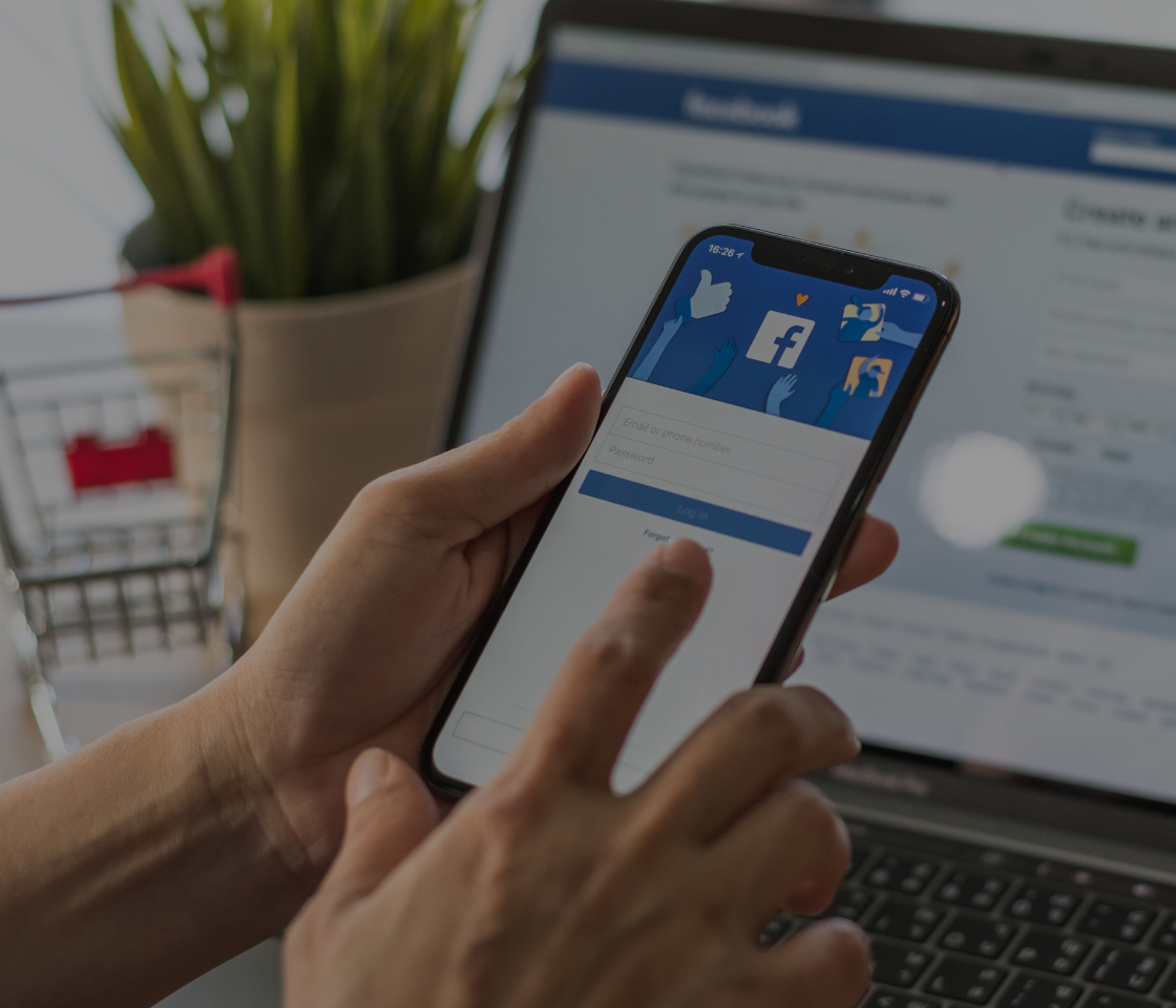how retailers can use social media for offline sales